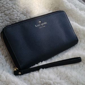 Kate Spade ♠️ Cell phone wristlet